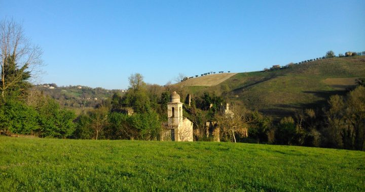 Hide Castle, Collina Vecchia
